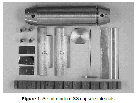 steel-structures-construction-modern-capsule-internals